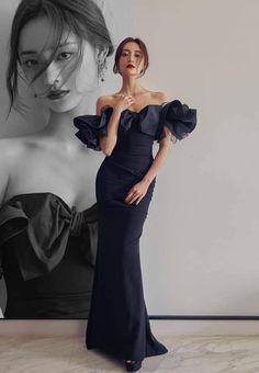 Shrug For Dresses, Gala Dresses, Sexy Dresses, Fashion Dresses, Asian Prom Dress, Black Mermaid Dress, Stunning Prom Dresses, Engagement Dresses, Prom Queens