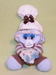 Baby+Shower+Diaper+Cake+Instructions   Mini Sock Baby CORSAGE