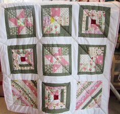 Pat's sampler quilt Small Groups, Workshop, Students, Colours, Quilts, Sewing, Crochet, Scrappy Quilts, Atelier
