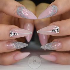 By @neztheartist: Today's new... http://fancyacrylicnails.com/post/142007986386/by-neztheartist-todays-new-set-of-points-by by https://j.mp/Tumbletail