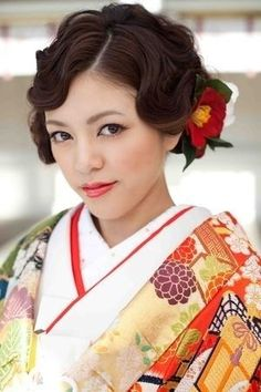 Hmm, that's a new idea (to me).pair fingerwaves with traditional Asian dress. 1940s Hairstyles, Veil Hairstyles, Wedding Hairstyles, Geisha Hair, Hair Up Styles, Japanese Wedding, Hair Arrange, Asian Hair, Love Hair