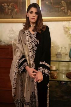 Silk Kurti, Embroidered Clothes, Groom Outfit, Dress Suits, Pakistani Dresses, Simple Dresses, Winter Collection, Casual Wear, Bridal Dresses
