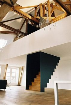 .escalier suspendu