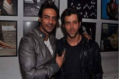 Did Hrithik take Arjun's approval before releasing party pictures?