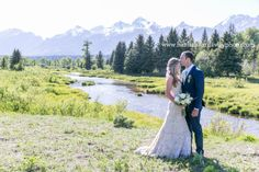 Jackson Hole Wedding Photographer || Hannah Hardaway || Jackson, Wyoming Wedding Photography || Grand Teton National Park Weddings || Rustic Wedding || Handcrafted || Wedding Dress by Monique Lhuillier || Grand Teton Mountain Range || Rustic Wedding Setting || Wedding Dress by Monique Lhuillier || Outdoor Wedding || Outdoor Ceremony || Playful bride and groom portrait || www.hannahhardawayphoto.com