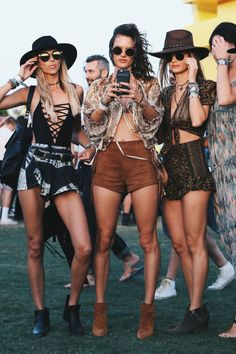 Best Boho Dress Ideas for Coachella Outfits 2018