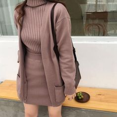 Korean Girl Fashion, Ulzzang Fashion, Korea Fashion, Look Fashion, Classic Fashion, Ulzzang Girl, Korea Winter Fashion, Asian Fashion, Street Fashion