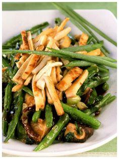 So schmackhaft, einfach und schnell - das muss man einfach nachkochen: Tofu-Bohnen-Pfanne mit Shiitake