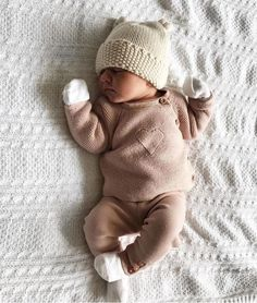 How to Pick the Perfect Winter Clothing for Your Tiny Newly Born Baby – Cute Adorable Baby Outfits So Cute Baby, Baby Kind, Cute Kids, Cute Children, Organic Baby Clothes, Cute Baby Clothes, Summer Clothes, Casual Clothes, Casual Outfits