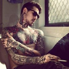 Hot guy and tatted