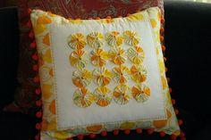 Lemon Drop Pillow -what if the edge had half yo-yos