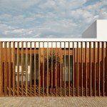 Casa Sifera, en Girona – ARQA Porches, Room, Furniture, Garage, Home Decor, Minimalist Home, Minimalist Architecture, Study, Prefab Houses