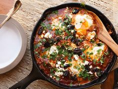 Shakshuka:+A+Template+for+Breakfast,+Dinner,+and+Every+Meal+in+Between