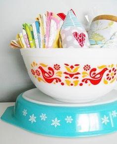Vintage linens in Pyrex Friendship bowl