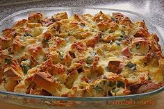 Mountain farmers - casserole by Cyberlady Farmers Casserole, Casserole Recipes, Pizza Und Pasta, Cheese Stuffed Chicken, Eat Smart, Yum Yum Chicken, Healthy Chicken Recipes, Soul Food, Food Pictures