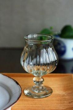 翁再生硝子工房 : ワイングラス | Sumally (サマリー) Mason Jar Wine Glass, Glass Bottles, Retro Pop, Vases, Bottle Art, Glass Design, Crystals, Antiques, Tableware