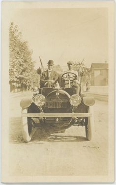 Citizens Fire Company new fire engine, Mechanicsburg PA. The license plate is from 1916.