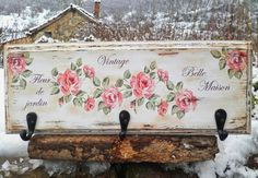 Crafts For Girls, Fun Crafts, Diy And Crafts, Decoupage Art, Decoupage Vintage, Shabby Chic Signs, Wooden Key Holder, Craft Projects, Projects To Try