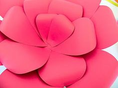 Mama's Gone Crafty: Easy Method When Building any DIY Giant Paper Flower How To Make Paper Flowers, Large Paper Flowers, Giant Paper Flowers, Diy Flowers, Leaf Template, Flower Template, Paper Peonies, Flower Backdrop, Flower Tutorial