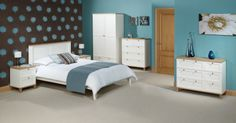 A classy, yet simply styled bedroom collection, incorporating contrasting and eye-catching real Ash veneer 25mm thick tops and trims, with a build quality to rival far more expensive alternatives, the Boston range offers excellent value for money and will look equally at home in a modern or traditional setting.