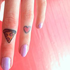PIZZA! And 39 other awesome food and drink tattoos... http://cmpny.co.uk/1lQzLGE