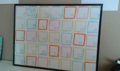 Un calendrier et un emplois du temps regroupés sur un tableau hultra simple.   Il suffit de se munire d'un cadre puis de déssiner des cases pour chaques jours du mois,  on rajoute ensuite les jours puis les annotatio ns au feutre a ardoise   Le tableu d'organisation est terminer ! Diy cut girly Room organisation