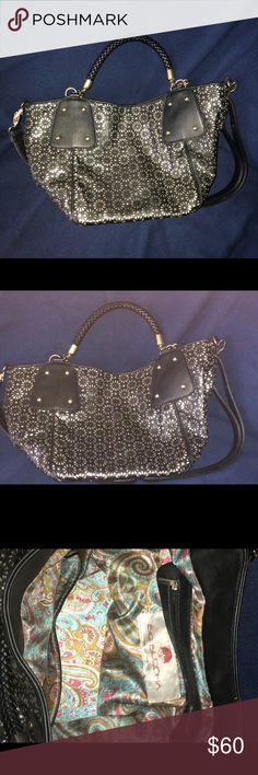 Buddha handbag This handbag is fabulous for traveling very elegant and in great condition Big Buddha Bags Shoulder Bags