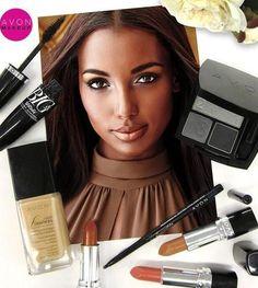 Luce fabulosa con el maquillaje de moda: ojos ahumados y sutiles labios en tonos neutros #AvonMakeup #AvonRep