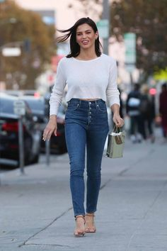 Jenna Dewan Street Fashion in Los Angeles Latest Celebrity News, Celebrity Style, All About Fashion, Passion For Fashion, Jenna Dewan, Hot Brunette, Cute Casual Outfits, Celebs, Celebrities