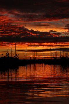 Bellingham Bay, Washington; photo by .Dos Con Mambo