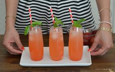 Check out these delicious pink lemonade drinks made with sweet & low! Summer Drinks, Cocktail Drinks, Fun Drinks, Beverages, Cocktails, Summer Food, Strawberry Lemonade, Pink Lemonade, Smoothie Recipes