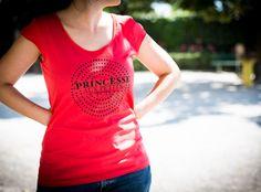 """T-shirt """"Princesse aux petits pois"""" Royaume MELAZIC T Shirts For Women, Tops, Fashion, Life, Moda, Fashion Styles, Shell Tops, Fashion Illustrations, Fashion Models"""