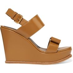 Marni Bow-embellished leather wedges (€240) ❤ liked on Polyvore featuring shoes, brown, strap shoes, sling back shoes, leather wedge shoes, slingback wedge shoes and wedge heel shoes