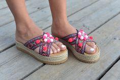 Sandals Violette by MabuByMariaBk on Etsy