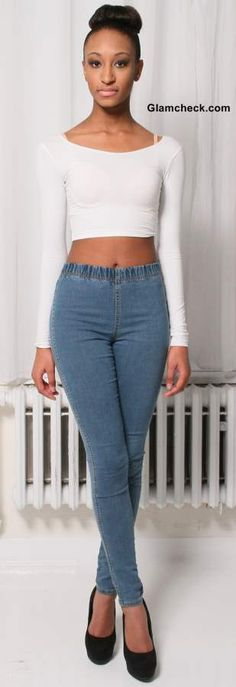 How to Wear Crop Top with Jeggings