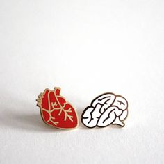 Rock Cakes Heart And Brain Pin Brooches (£10) ❤ liked on Polyvore featuring jewelry, brooches, heart brooch, heart jewellery, heart jewelry, heart shaped jewelry and pin brooch