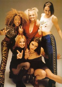 And this Victoria pose, too. 43 Reasons Why The Spice Girls Are The Best Girl Group Of All Time Emma Bunton, Halloween Costumes For Girls, Girl Costumes, Halloween 2020, Victoria Beckham, Mtv, Mode Gossip Girl, Baby Spice, Geri Halliwell
