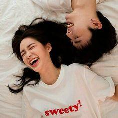 grafika couple, asian, and ulzzang Mode Ulzzang, Ulzzang Girl, Korean Ulzzang, Cute Couples Goals, Funny Couples, Cute Relationship Goals, Cute Relationships, Couple Posing, Couple Shoot