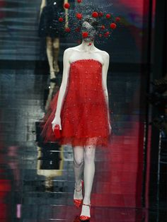 Le défilé Giorgio Armani Privé Haute Couture automne-hiver 2014