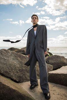 Omar Ahmed by Egor Tsodov - King Kong Magazine Outdoor Fashion Photography, Fashion Photography Inspiration, Male Photography, Editorial Photography, Fashion Shoot, Editorial Fashion, Fashion Fashion, Men Editorial, Fashion Guide