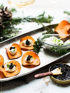 Sweet Potato Chips with Whipped Goat Cheese and Caviar - simple, elegant and celebration-worthy, these are the perfect appetizer for your next festive get together! Easy Appetizer Recipes, Appetizers For Party, Whipped Goat Cheese, Caviar Recipes, Sweet Potato Chips, Appetisers, Food Processor Recipes, Healthy Snacks, Tapas
