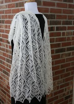 All Knitted Lace: Pattern Release: Quatrefoil Lace Scarf