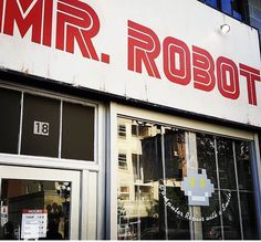 Series Movies, Tv Series, Robot Series, Message Man, 2015 Tv, Mr Robot, Rami Malek, Film Serie, Cool Names