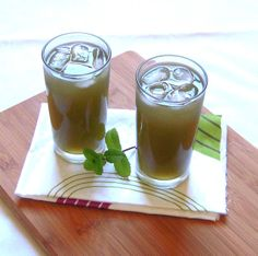Ginger mint lemonade.. Mint-y, ginger-y, tang-y lemonade