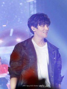18th Anniversary HERO Concert: 동완