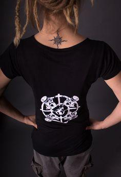 Ladies Slinky T - Gasmask Urbane Mode, Wrap, Compass Tattoo, Lady, Shirts, Tattoos, Sleeves, Style, Silk Screen Printing