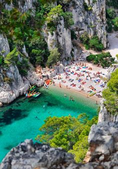 Calanque d'En-Vau, France, between Marseille and La Ciotat Places Around The World, The Places Youll Go, Places To See, Dream Vacations, Vacation Spots, Beach Vacations, Places To Travel, Travel Destinations, Holiday Destinations