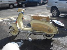 Buttercream and nude. Mod Scooter, Lambretta Scooter, Scooter Girl, Vespa Scooters, Vespa Super, Italian Scooter, Motor Scooters, Small Cars, Sidecar