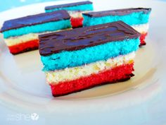 Learn how to make dangerously delicious seven layer cookies. Your family will love these chocolate and almond flavored cookies with patriotic colors! Desserts To Make, No Bake Desserts, Delicious Desserts, Dessert Recipes, Yummy Food, Fun Food, Tasty, Seven Layer Cookies, Brownies