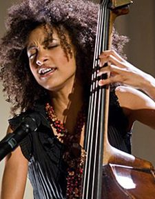 Esperanza Spalding Jazz Artists, Jazz Musicians, Music Artists, Esperanza Spalding, Blue Cafe, Jazz Guitar, Great Albums, Music Images, Jazz Blues